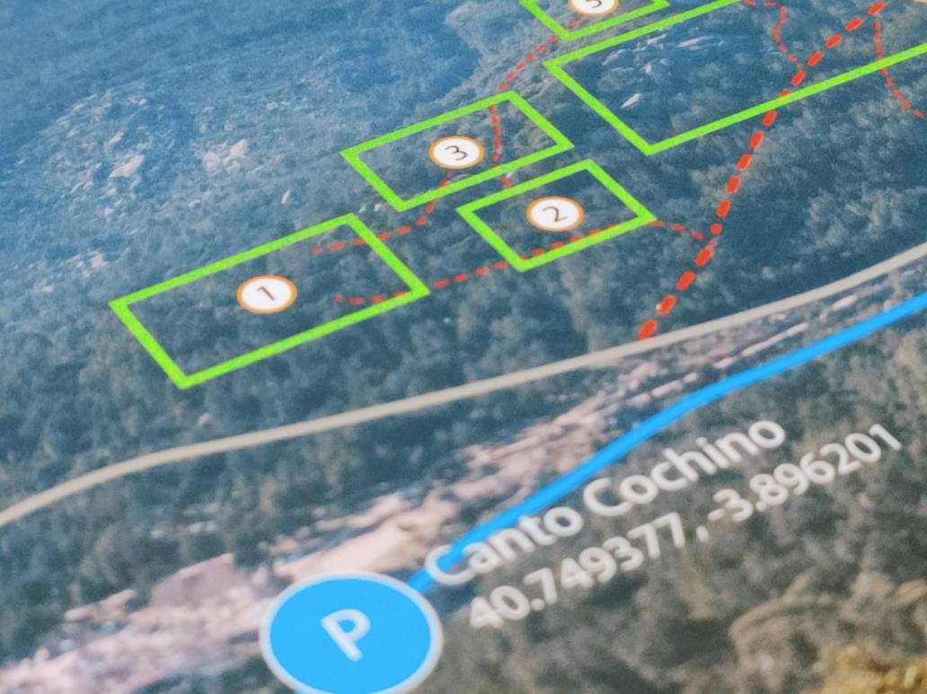 3D pictures of the areas with car parks GPS - - Pedriza Boulder 3470 points